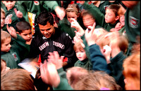 Former NRL player Dean Widders visits his old School